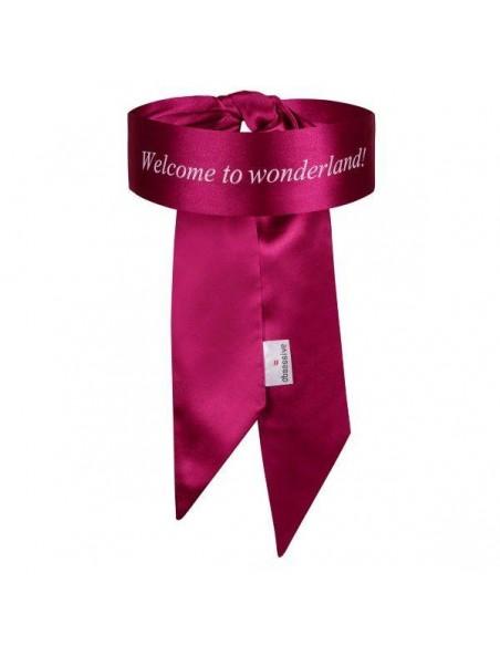 Venda de seda rosa para disfrazarse