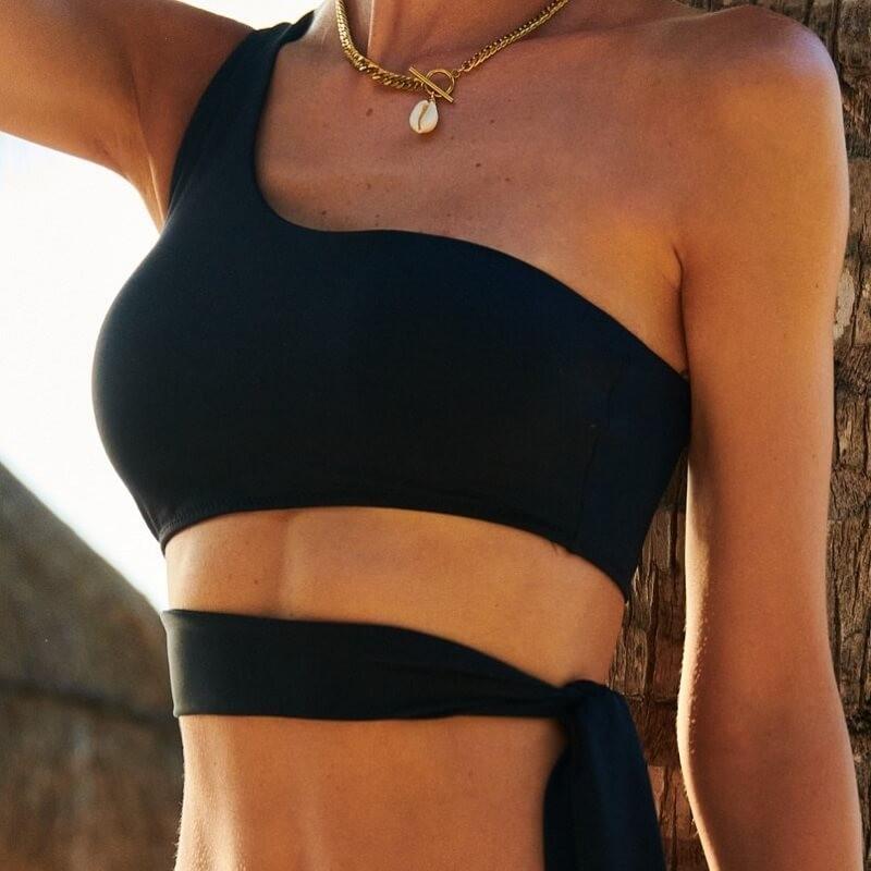 Top de bikini asimétrico con copas acolchadas Nathalie