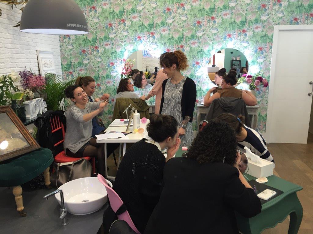 taller de lenceria y maquillaje asesoria de imagen lenceria3