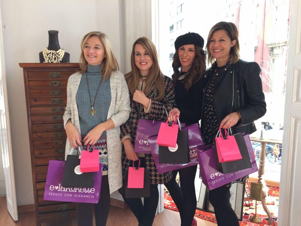 EL SHOWROOM inauguración con Blogueras