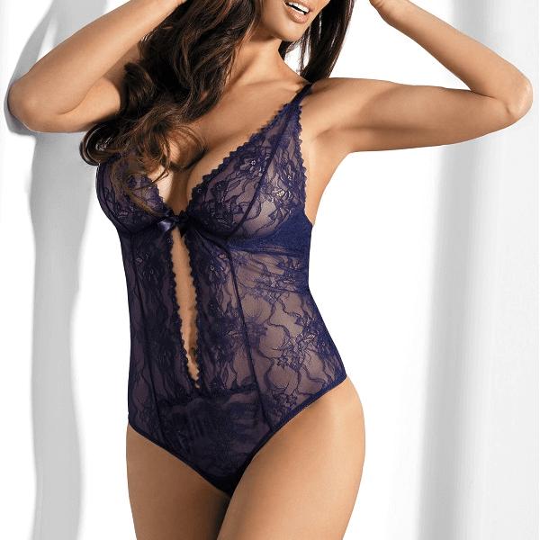 Tendencias en lencería para el otoño 2018 body en encaje azul